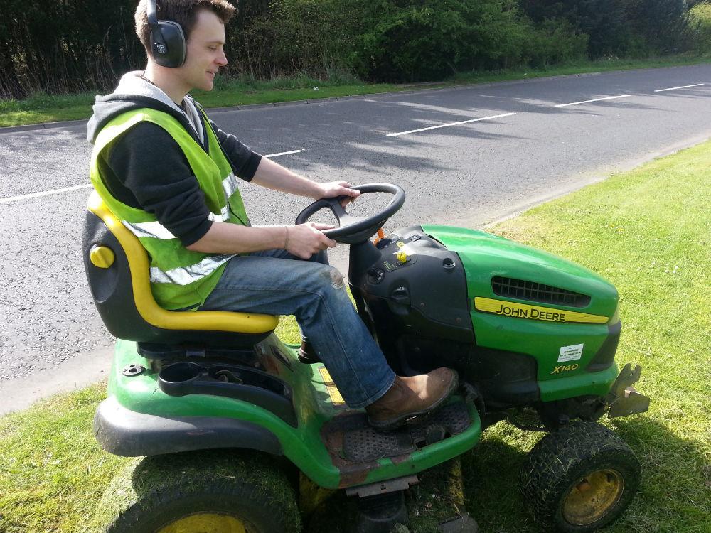 Grass Cutting Services Edinburgh