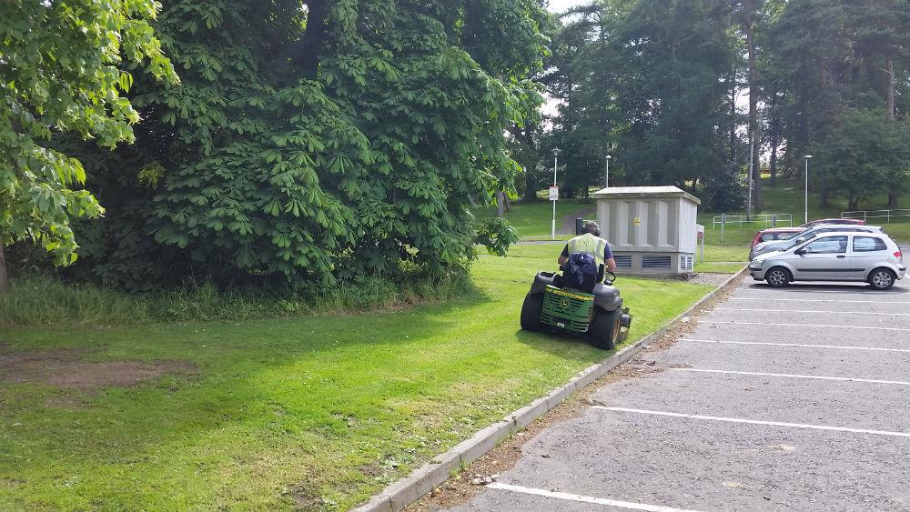 Landscaping Grounds Maintenance Edinburgh-18